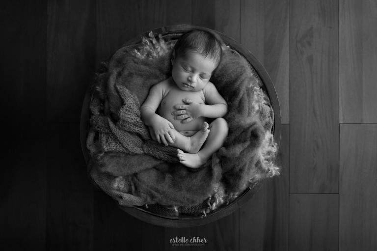photographe spécialiste nouveau-né paris