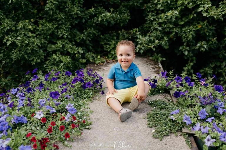 photo bébé ambiance fleurie