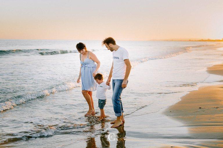 séance photo grossesse à la plage